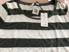 新品タグ付き半袖ボーダーTシャツ