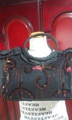 黒にキラキラスパンビーズと刺繍つき可愛いトートバッグ(D-290
