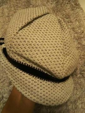 チャイルドウーマン 美品 ベロアリボン付き キャスケット 白