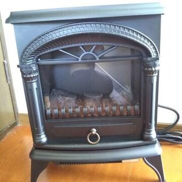 ニトリ 暖炉型 電気ヒーター