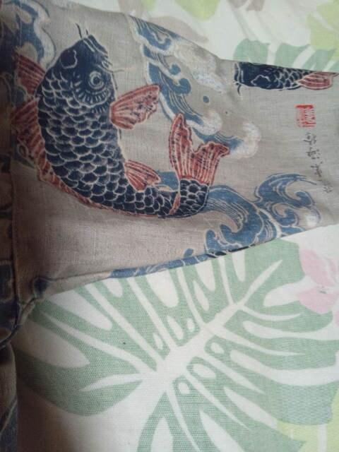 ☆新品薄茶×荒波に昇り鯉大柄ダボシャツ120 < キッズ/ベビーの
