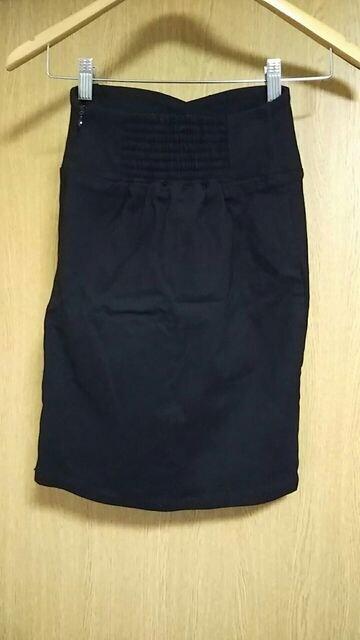 未使用☆mo'a☆タイトスカート☆ < 女性ファッションの