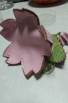 ■本革製■可愛い桜の大きな花弁/小銭&小物入れ♪品薄品☆新品!