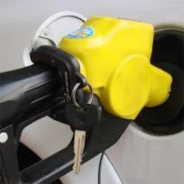 超便利GAS CLAMP(ハンズフリー給油) < 自動車/バイク