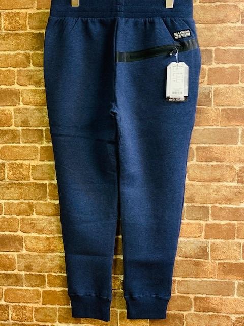 表記L/新品!ビラボン オーストラリア発 スウェットパンツ ジョガーパンツ サーフ サーファー < ブランドの