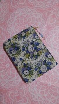 ◆ハンドメイド☆大◆ファスナーポーチ♪エレガント藍色などの花柄