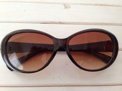 新品!おしゃれなブラウンレンズのサングラス