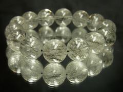 透明感抜群!!!黒針水晶ブラックルチル14ミリ数珠ブレスレット