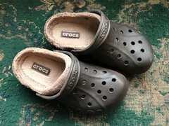 crocs ボア付のクロックス 冬用サンダル M5W7