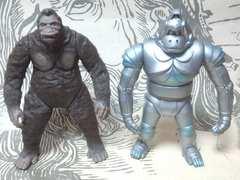 【バンダイ】『キングコング&メカニコング』怪獣ソフビ二点セット ゴジラ/ウルトラマン