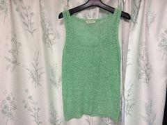 エメラルドグリーンライトグリーンタンクトップメッシュかぎ編み