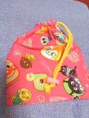 アンパンマン柄ピンク巾着袋給食袋などに