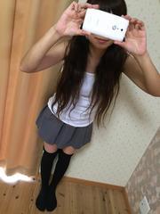 ☆‥灰色のミニスカート・ウエストゴム・厚手の生地‥☆