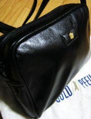 セール】ゴールドファイル革製ショルダーバッグ黒・柔らか肩掛け