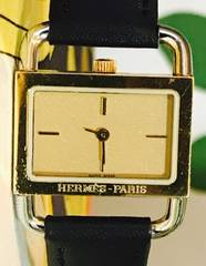 良品エルメスレディース時計ゴールド新品革ベルトブラック
