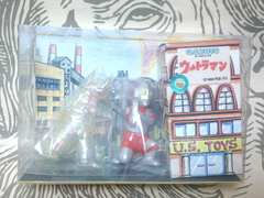 【USトイズ】ビル箱シリーズ『ウルトラマン&透明ネロンガ』怪獣ソフビセット 美品