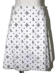 miumiu ミュウミュウ 花柄スカート ホワイト×ブラック
