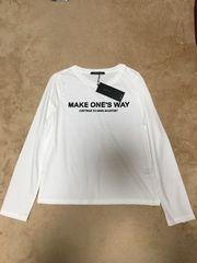 新品INGNIイングC・2段ロゴロングTシャツ長袖オフホワイト白