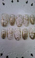 ゴールドラメグラデホワイトローズパールミディアムオーバルネイルチップ