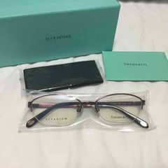 新品 未開封 ティファニー 眼鏡 ストーン入り チタン製