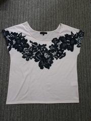 リエンダ/riendaフラワーレース柄プリント半袖Tシャツピンク