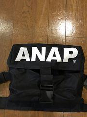ANAPメッセンジャーバッグ