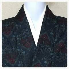 正絹 お召し 広襟 紺色 菱紋柄 大サイズ 仕付け付き 中古品