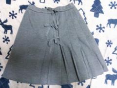 アンドレルチアーノのスカート