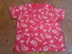 80 赤の夏柄Tシャツ