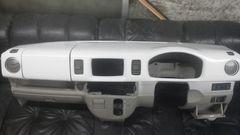 エブリイ(64系)ダッシュボードカバー未塗装