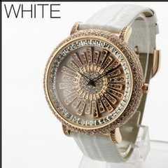 ★大人気★回転スワロフスキー・スピナー腕時計WL2WHT