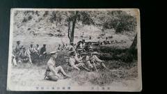 軍隊生活実況白黒写真葉書/戦闘機関銃の射撃の様子 年代物