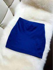 雑誌搭載大人気カラータイトスカート