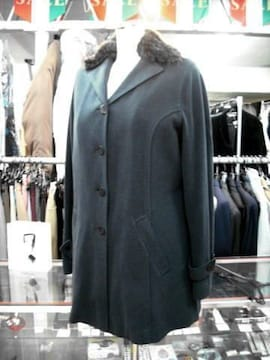 【VISSANI】軽くて温かな黒ジャケットコートです