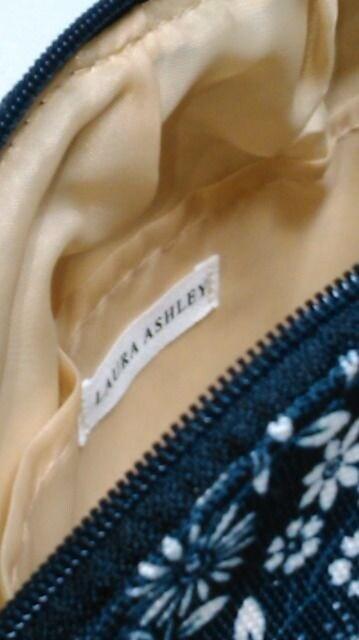 ★新品★ローラアシュレイ/Laura Ashley★ポーチ&タオルハンカチセット★ < ブランドの