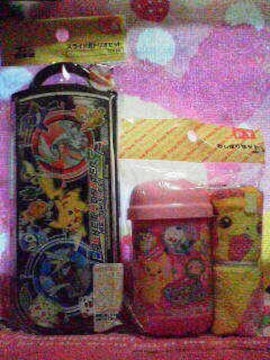 ★ピカチュウ&ジュエリーペット★カトラリー+その他 4点