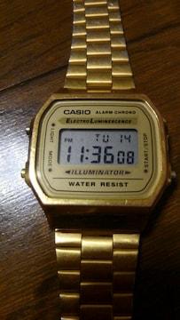 CASIO デジタル腕時計 ILLUMINATOR ゴールド レトロデザイン