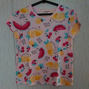 ムージョン購入☆kid'szoo☆ハローキティのTシャツ☆size120日本製