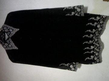 レース刺繍が素敵なシフォンロングブラウス/黒地/S