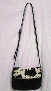 LAPAZ BLANCA〓牛柄ハラコ本革&モヘア混フェルトミニショルダーバッグ〓ポシェット〓黒