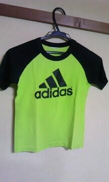 アディダス130cmグリーン&黒Tシャツ