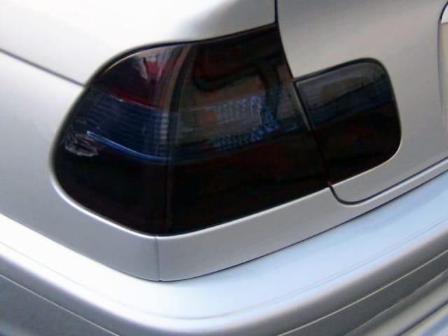 Tint+糊残りナシ BMW E46セダン テールランプ スモークフィルム < 自動車/バイク