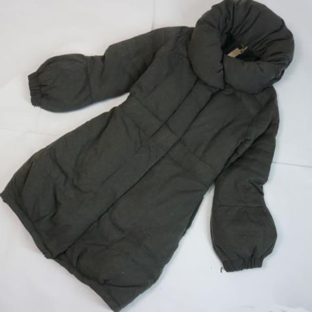 【新品★M】ダウン70%使用★ふんわり&すっきりコート < 女性ファッションの