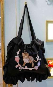 rosemarieseoir・ネコ刺繍サテンフリルバッグ。ブラック