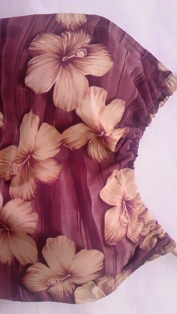 サンエオリジン〓リアルハイビスカスフラワー花柄&セピア風ホルターリボンワンピース水着〓茶色 < 女性ファッションの