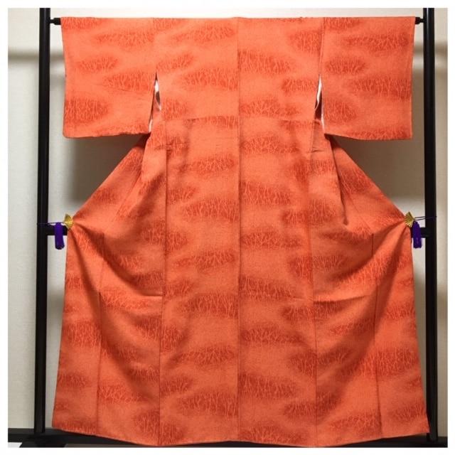 特選 美品 正絹 赤橙 袷 身丈155 裄64  < 女性ファッションの