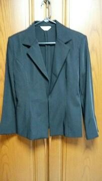 【大きいサイズ】とっても素敵なジャケット。黒。13号。
