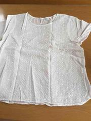 美品!!刺繍&レース柄が可愛いホワイト半袖Tシャツ!
