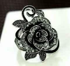 1円〜◆Black Stone 薔薇 vintage RING 12号