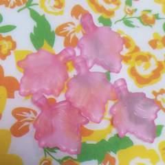 【未使用】アクリル*楓*風ビーズ(5個set)薄ピンク